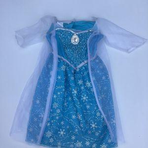 Queen Elsa princess dress Halloween Size 4-6 for Sale in Maitland, FL