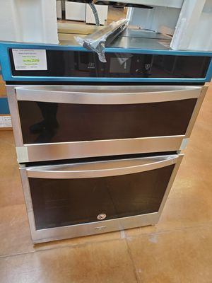Whirlpool Microwave Wall Oven for Sale in Corona, CA
