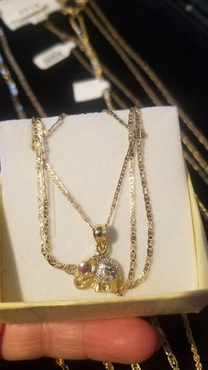 Women's chain with 14k gold elephant charm (Cadena para mujer oro de 14k Italiano) for Sale in Manassas Park, VA