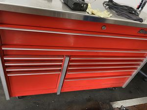 Snap On Tool Box RED for Sale in Los Angeles, CA