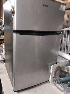 Galanz Mini Refrigerator for Sale in Corpus Christi, TX