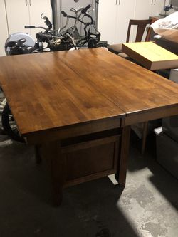 Kitchen Table for Sale in Huntington Beach,  CA