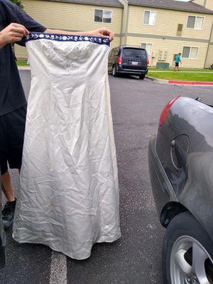 Niki prom dress 15 for Sale in Kaysville, UT