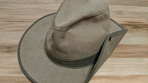 J Peterman Canvas Hat for Sale in Lynn Haven, FL
