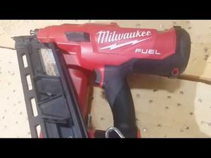 Brand new Milwaukee M18 Fuel 21 degree Framing nailgun for Sale in Helendale, CA