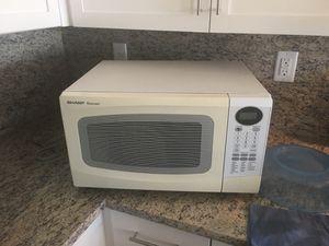 White microwave for Sale in Salt Lake City, UT