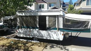 2001 Coleman Fleetwood popup camper. $4000 for Sale in Maple Valley, WA