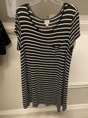 T-shirt dress for Sale in Dickinson, TX