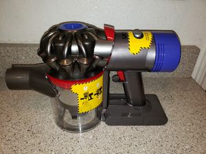 Dyson V8 Absolute Vacuum for Sale in Las Vegas, NV