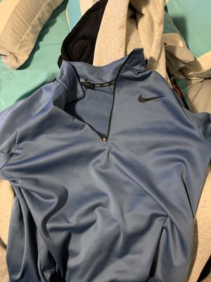 Nike Hoodie Size Large for Sale in Millersville, PA