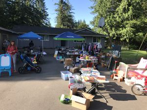 Large multi Family Sale 7/20-7/21 8-4 for Sale in Snohomish, WA