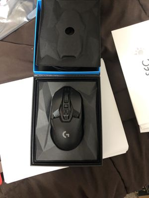 Logitech g903 wireless gaming mouse (works with wireless charging) for Sale in Fresno, CA