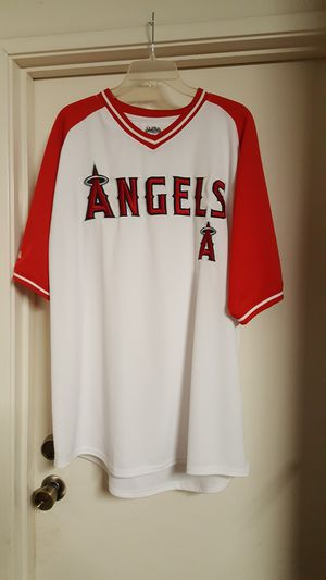 Angels baseball v~neck jersey 2XL for Sale in Irvine, CA