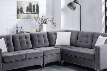 Sectional on sale for Sale in Dallas,  TX