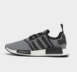 MEN'S ADIDAS NMD R1 CASUAL SHOES for Sale in Dallas, TX
