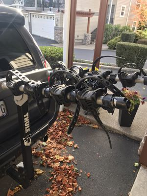 Thule 4 bike 2inch hitch rack for Sale in Portland, OR