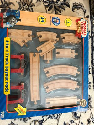 Thomas&friends wooden railroad, 5 in 1 track layout pack. 35 pieces, used but great condition. for Sale in New York, NY