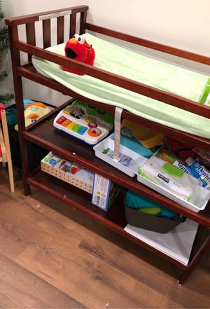 Changing table for babies for Sale in South Plainfield, NJ