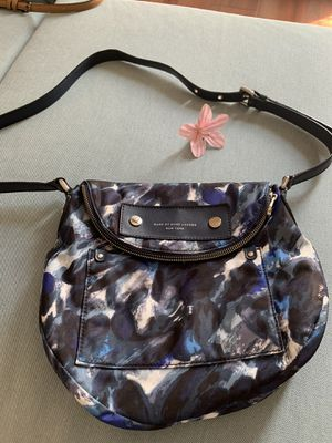 MARC BY MARC JACOBS crossbody purse for Sale in Pasadena, CA