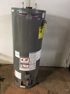 Brand new water tank RHEEM 40 gallon for Sale in Cleveland, OH