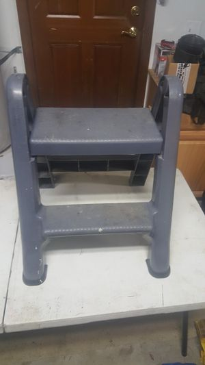 Step stool for Sale in Puyallup, WA