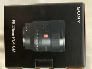 24mm 1.4 GM Sony for Sale in Miami, FL
