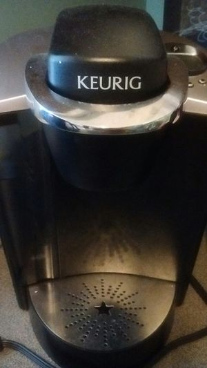 Keurig LIKE NEW NOT USED VERY MUCH AT ALL for Sale in Matthews, NC