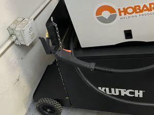 Hobart welder with rolling cart 140 handler for Sale in Bellevue, WA