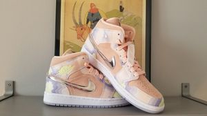 Women's Jordan 1 Mid SE P(her)spective Size 8.5 for Sale in Chicago, IL