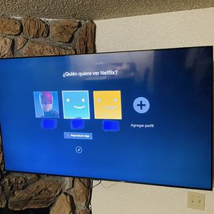 """65"""" Samsung 4k Smart Tv 8 Series for Sale in Atwater, CA"""