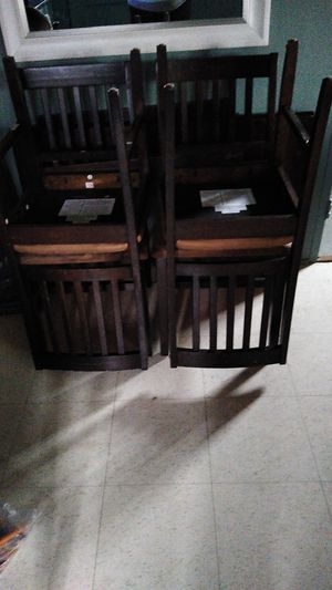 4 chair kitchen table for Sale in Patterson, CA