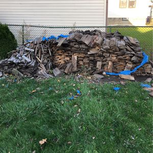 FREE FIRE WOOD for Sale in Buffalo, NY