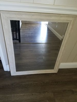 Wall mirror 33x27 for Sale in Fresno, CA