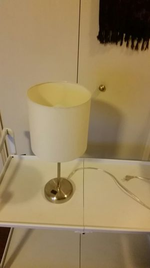 Small lamp for Sale in Fresno, CA