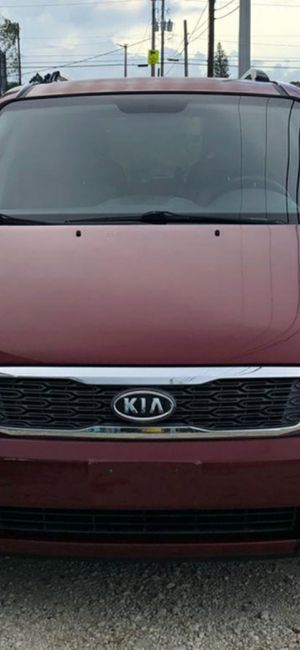 2012. Kia. Sedona. $3500 for Sale in Miami, FL