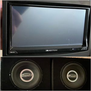 Double Din 7 inch Touchscreen & Subs with Amp for Sale in Phoenix, AZ