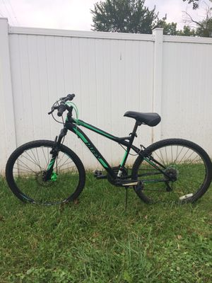 Black and green HUFFY bike. for Sale in Decatur, IN