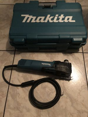 New Makita 3 Amp Corded Variable Speed Oscillating Multi-Tool Kit With Blade, Sanding Pad, Sandpaper, Adopter, Hard Case $140 for Sale in Lauderhill, FL