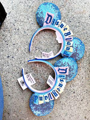 New 2020 Disney Parks Disneyland Marquee Mickey Minnie Ears Headband NWT IN HAND for Sale in Glendora, CA