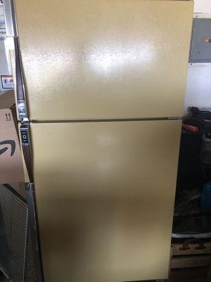 Free Refrigerator for Sale in Livermore, CA