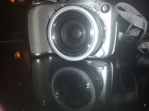 Canon PowerShot S2 IS 5.0MP Digital Camera - Silver for Sale in Austin, TX