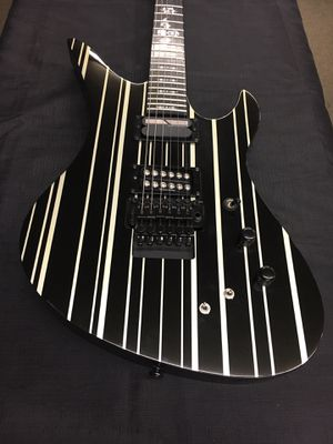 Schecter Diamond Series Electric Guitar for Sale in Lynnwood, WA