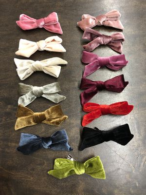 New velvet bows $3 each or two for $5 for Sale in Vallejo, CA