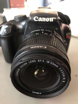 Canon EOS rebel T3 for Sale in Long Beach, CA