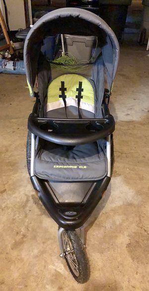 Baby trend jogger stroller for Sale in Hampton, VA