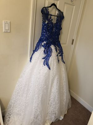 Wedding dress, prom dress, white dress for Sale in Chicago, IL