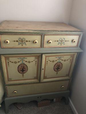 Antique Dresser $100 OBO for Sale in Long Beach, CA