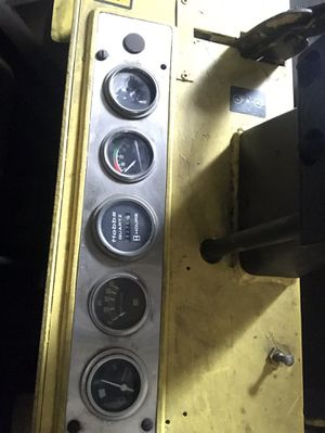 Forklift 14,000 max capacity running hours 2942 for Sale in Trenton, NJ