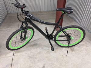 """Selling a Genesis RTC 27.5"""" Men bike for $150 & Roadmaster 24"""" Girl Mountain $100 for Sale in Biscayne Park, FL"""
