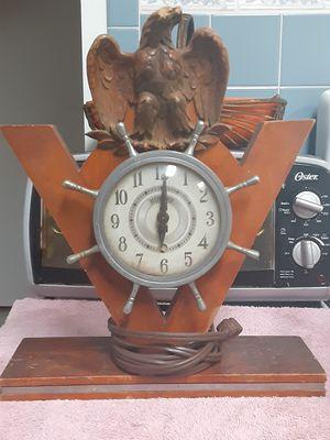 Antique clock for Sale in St. Petersburg, FL